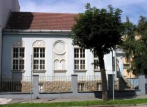 expozicia-judaik-v-malej-synagoge